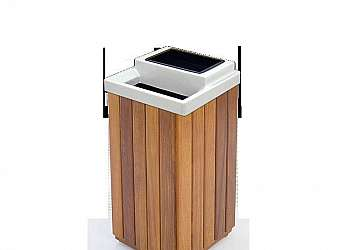 Cesto de lixo de madeira